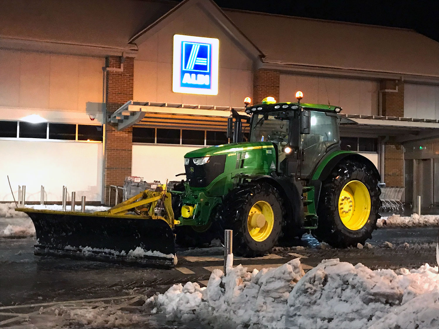 Gritting & Snow Clearing
